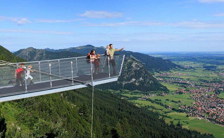 Allgaeu Koeniglich Aussichtssteg Am Breitenberg Copyright Pfronten Tourismus Web