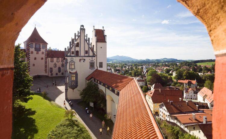 Allgaeu Koeniglich Hohes Schloss Fuessen Fotograf Arthur F Selbach Copyright Allgaeu Gmbh Web