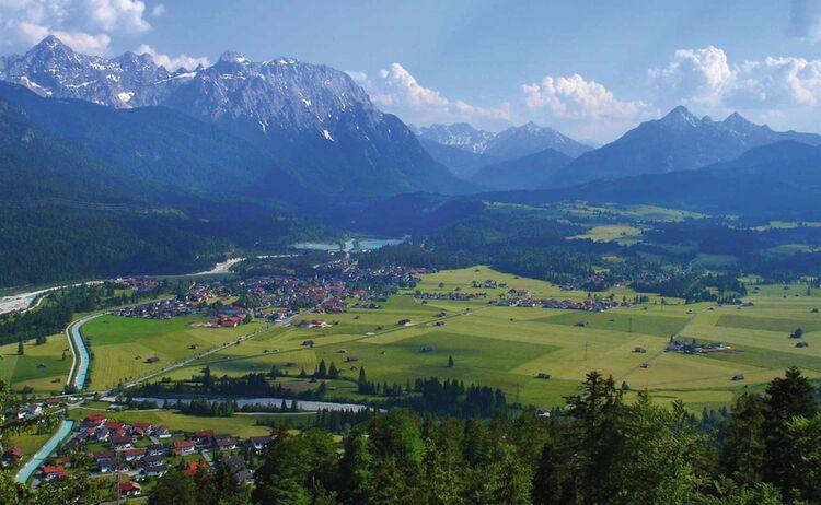 Alpenwelt Zugspitz Region Karwendel Panorama Copyright Alpenwelt Karwendel Web