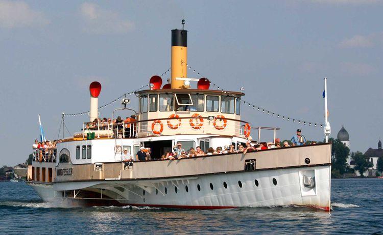 Chiemsee Schifffahrt In Prien Am Chiemsee