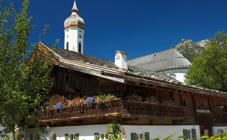 Garmisch Partenkirchen Polznkasparhaus Q Gil Copyright Gapa Web