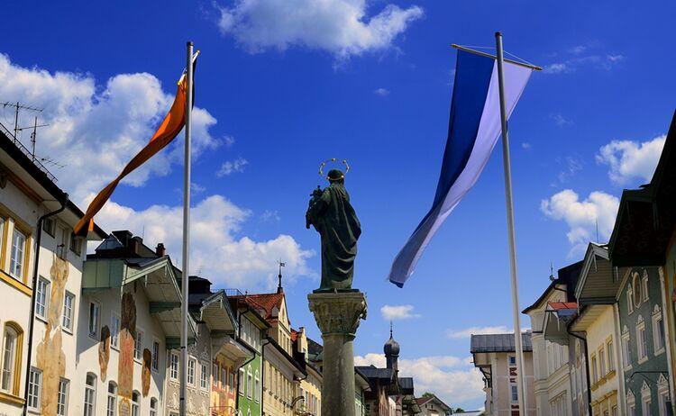 Historische Marktstrasse Stadt Badt Toelz Teaser