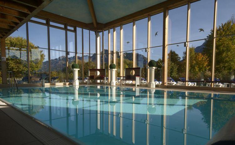 Hotel Sommer Hallenbad 300dpi Kopie 1