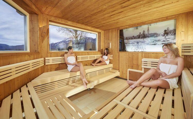 Hotel Sommer Sauna 0517 Web