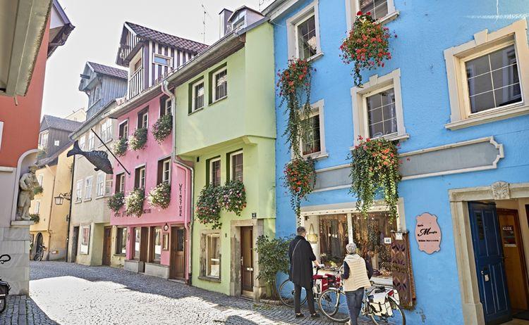 Insel Lindau Ludwigstrassewww Bayern By Gert Krautbauer