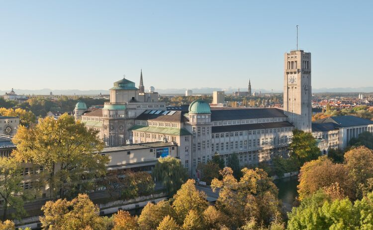 Museumsinsel Ansicht Herbst Copy