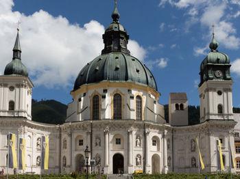 Oberammergau Kloster Ettal Copyright Ammergauer Alpen Gmbh Web