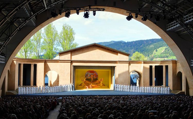 Oberammergau Passionstheater Fotograph Kienberger Copyright Ammergauer Alpen Gmbh Web