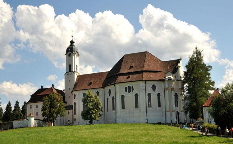 Oberammergau Wieskirche Rottenbuch Copyright Ammergauer Alpen Gmbh Web
