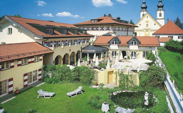 Residenz Heinz Winkler Gesamtansicht