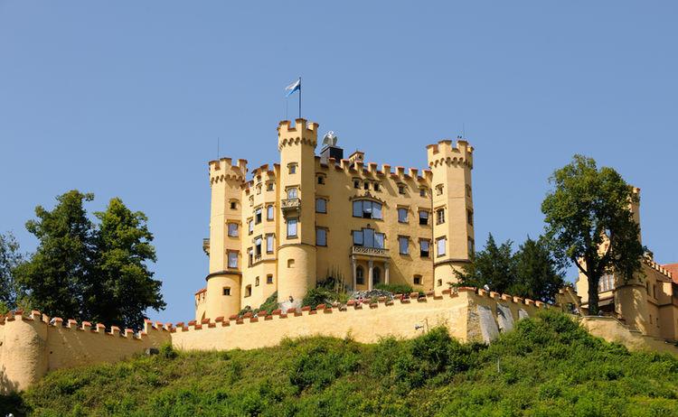 Schloss Hohenschwangau Mittags Foto F Ssen Tourismus Und Marketing Www Guenterstandl De 1